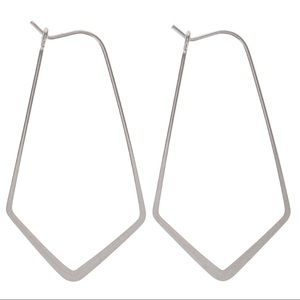 Jewelry - 🆕 Sterling Silver Plated Chandelier Earrings